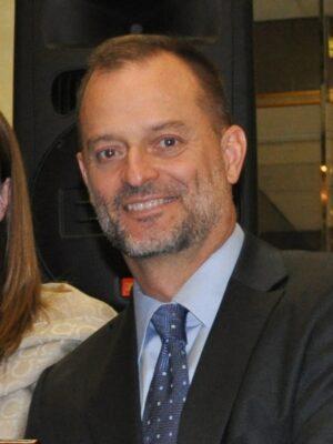 Paul 300x400 1 - Divorce Lawyer - Paul Lerandeau